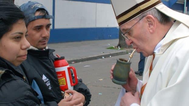 Papież Franciszek Jorge Bergoglio pije Yerba Mate