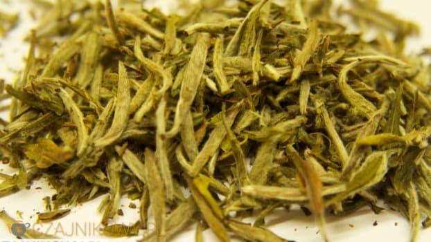 Biała Herbata: jak poprawnie parzyć białą herbatę, właściwości (2/2)