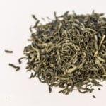 5 porad, jak zaparzyć idealnie zieloną herbatę liściastą