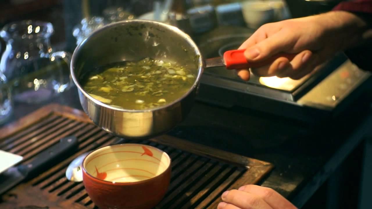 Do czego używano herbaty 2000 lat temu? Przepis na herbacianą zupę z cebulą