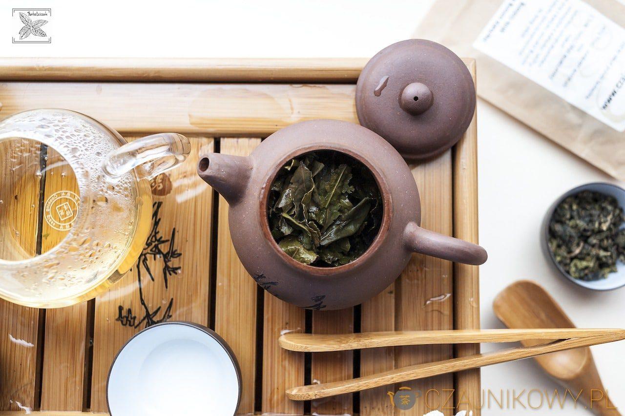Herbata Mleczny Oolong: liście herbaty