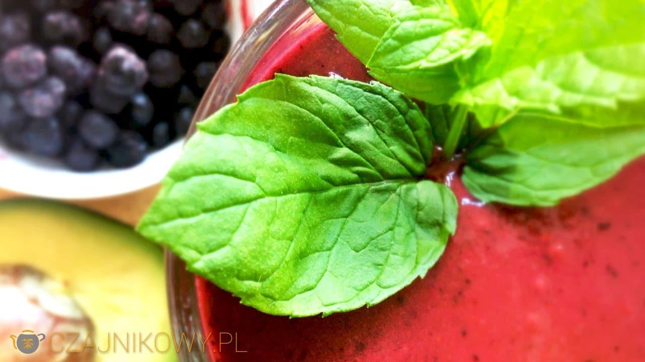 Smoothie Detox, oczyszczające jagodowe smoothie z zieloną herbatą (Blueberry Teatox Smoothie)