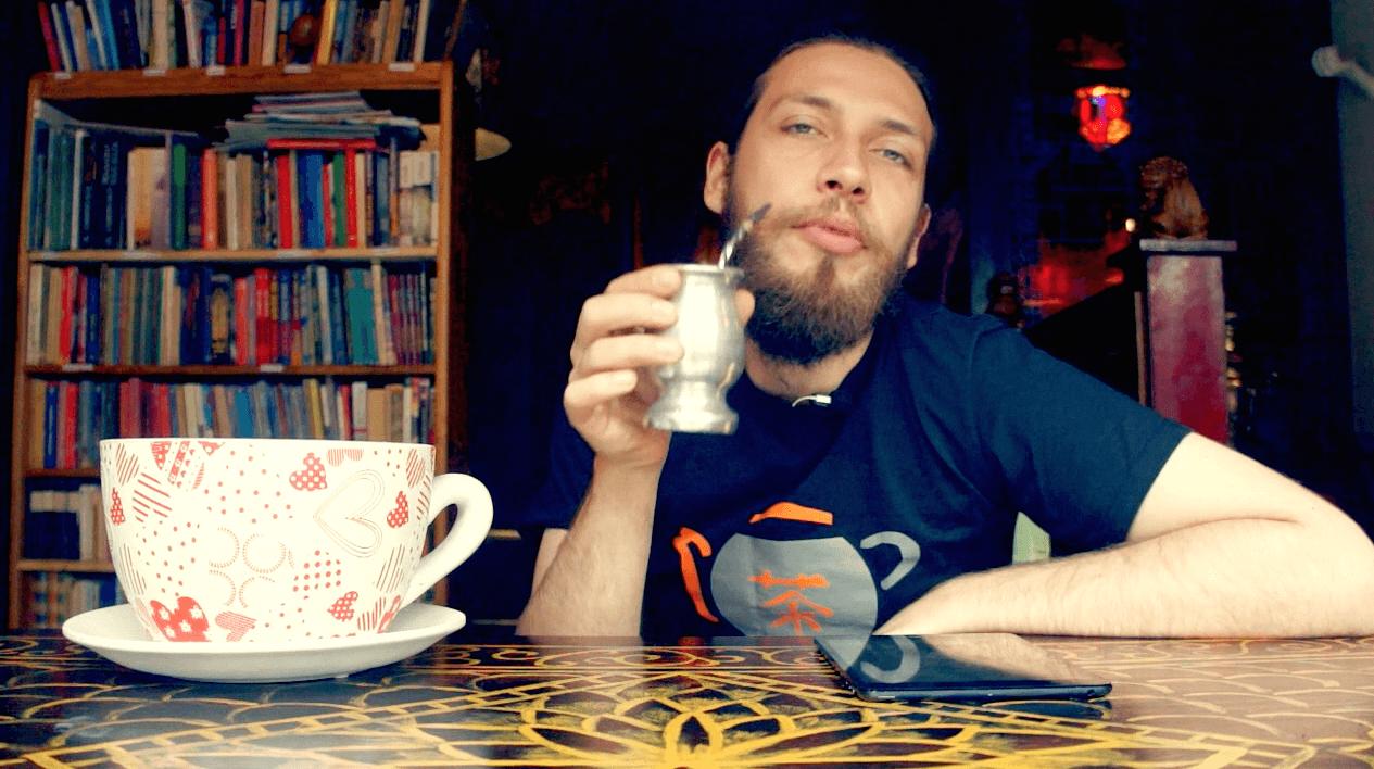 Czy Mate odwadnia, kiedy Yerba się przeterminuje, parzenie herbaty w gaiwanie. Yerba czy herba