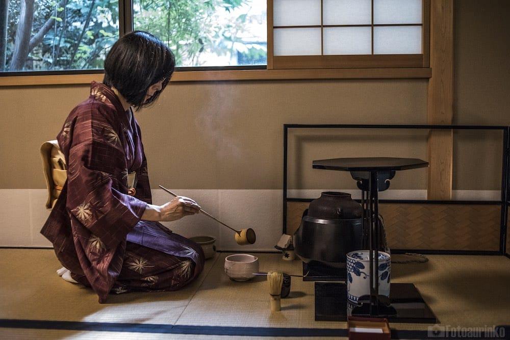 Japonia okiem herbacianego turysty: Ceremonia herbaciana w Juan Kioto