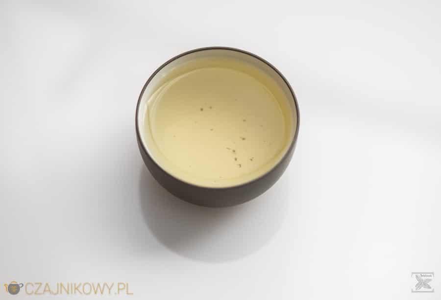 Zielona herbata En Shi Yu Lu, napar z herbaty