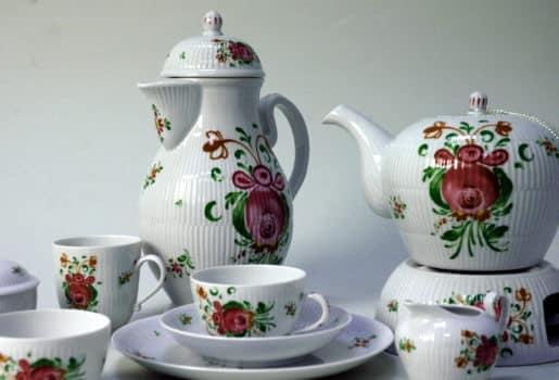 Wschodniofryzyjski serwis herbaciany / źródło: Wikipedia