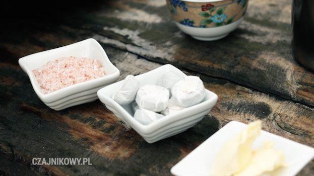 Przepis na Butter Tea: czerwona herbata, masło, sól