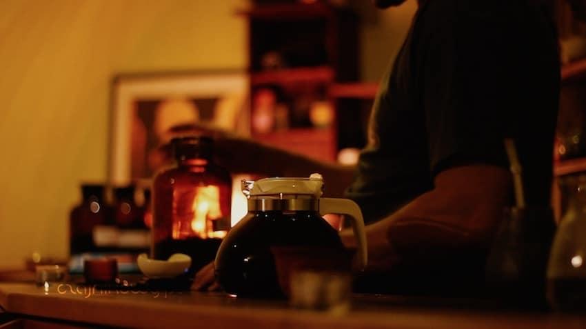 Historia kultury picia herbaty w Czechach. Jak powstały herbaciarnie w Polsce?