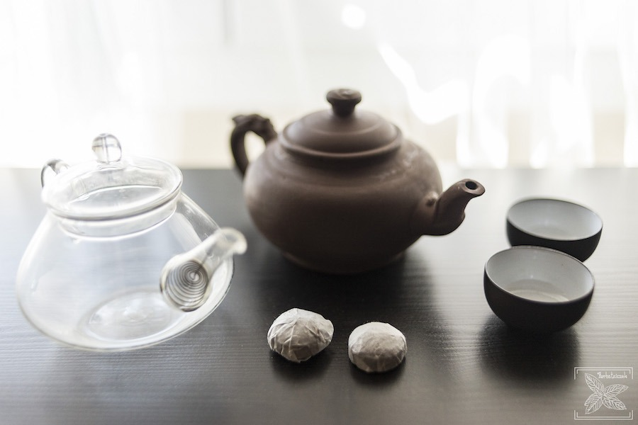 Czerwona herbata pu-erh mini toucha: przygotowanie do parzenia herbaty