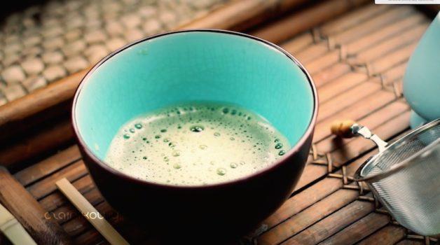 Zaparzona herbata Matcha