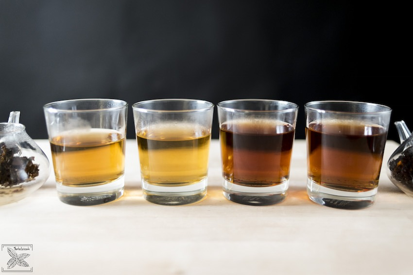 Herbata czarna (od lewej I i II parzenie): Ceylon Lovers Leap i Ceylon Dimbula Uduwela parzenie