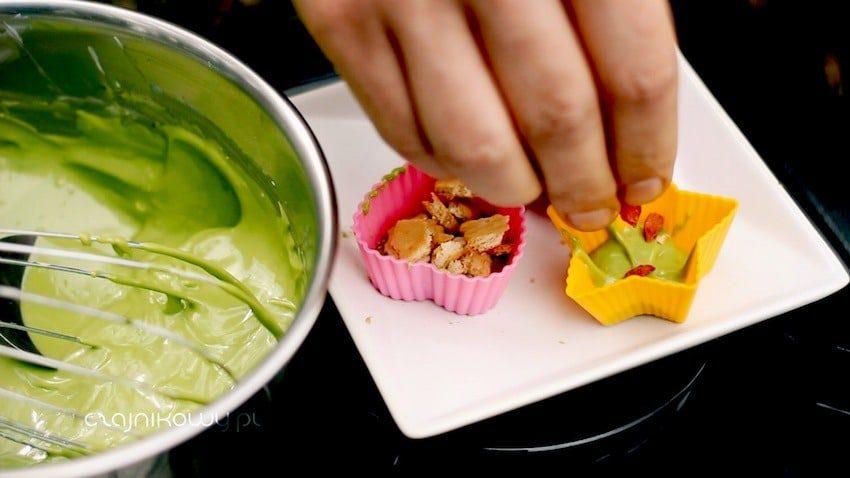 Przepis na czekoladki z zieloną herbatą Matcha. Jak zrobić czekoladę z Matcha?