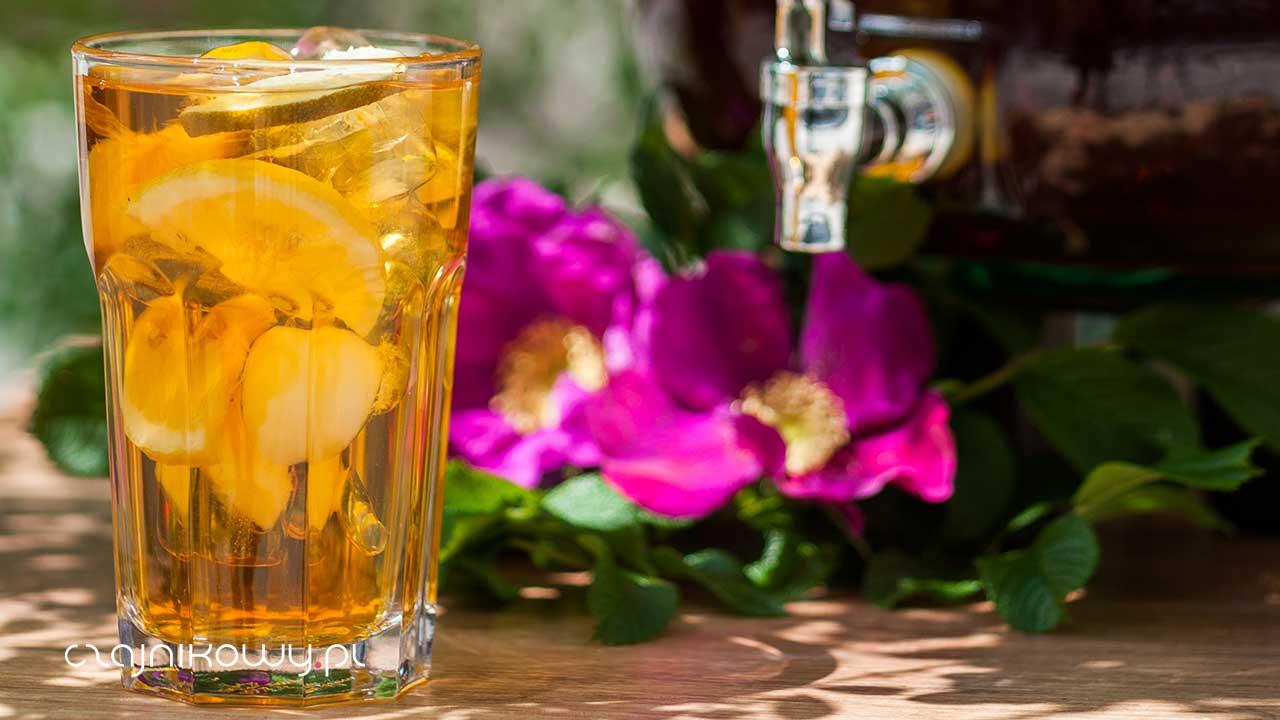 Temperatura parzenia herbaty w właściwości. Czy zimna herbata traci właściwości?