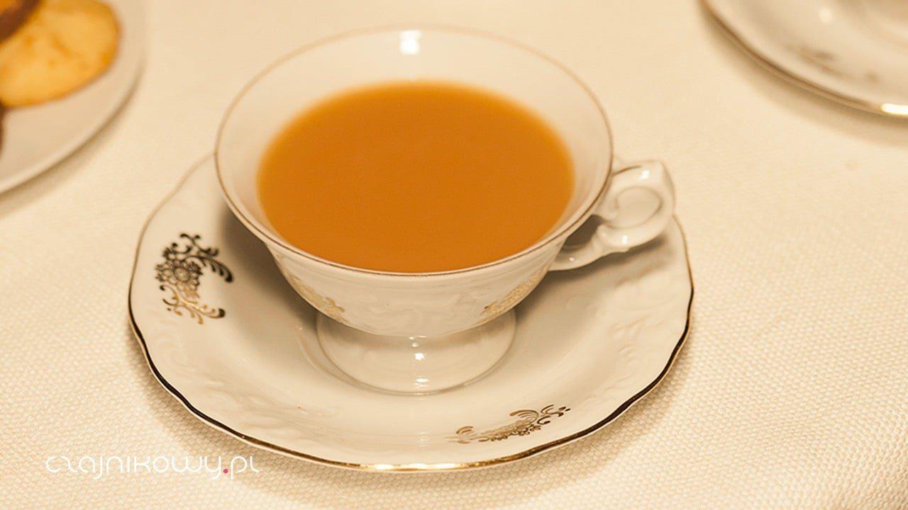 Czym różni się herbata English Breakfast od Irish Breakfast i English Afternoon?