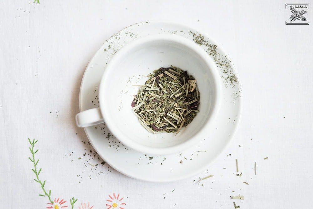 Herbata na śniadanie. Herbata śniadaniowa: liście herbaty