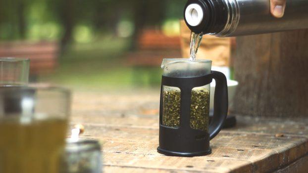 3 alternatywne sposoby na yerba mate, jak parzyć yerba mate bez tradycyjnych akcesoriów?