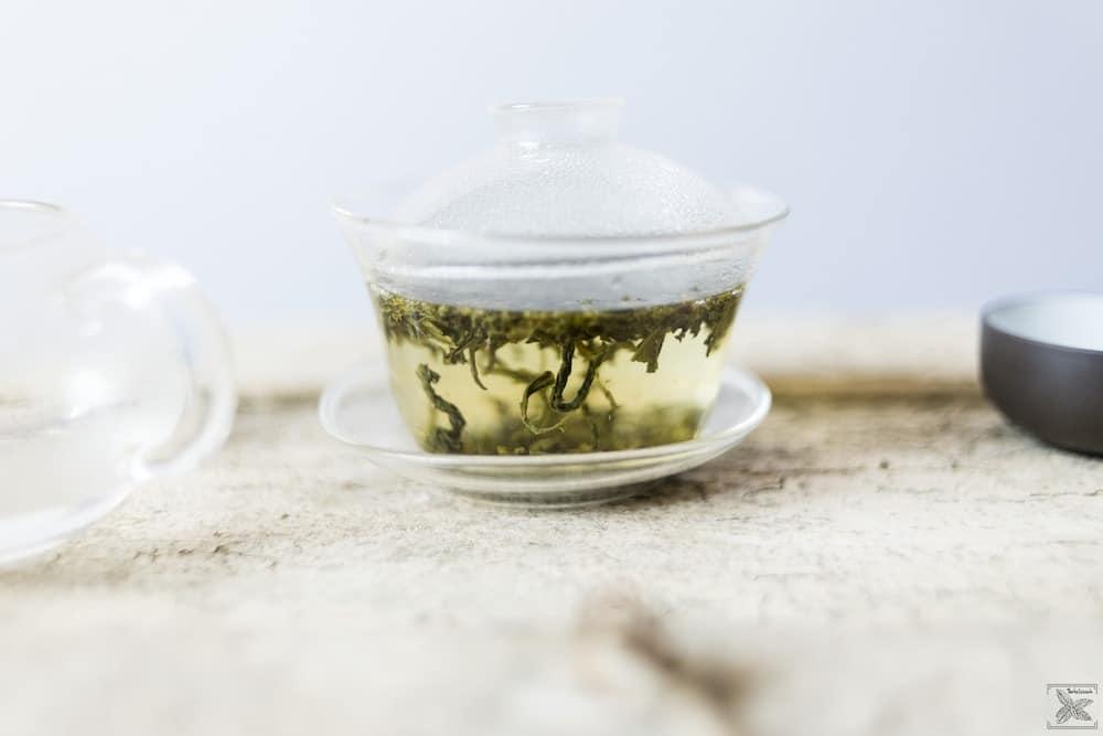 Czym jest cierpliwa herbata? Misty Green - zielona herbata: parzenie w gaiwanie