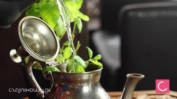 Herbata zielona z miętą. Herbata z Maroka - właściwości: gunpowder