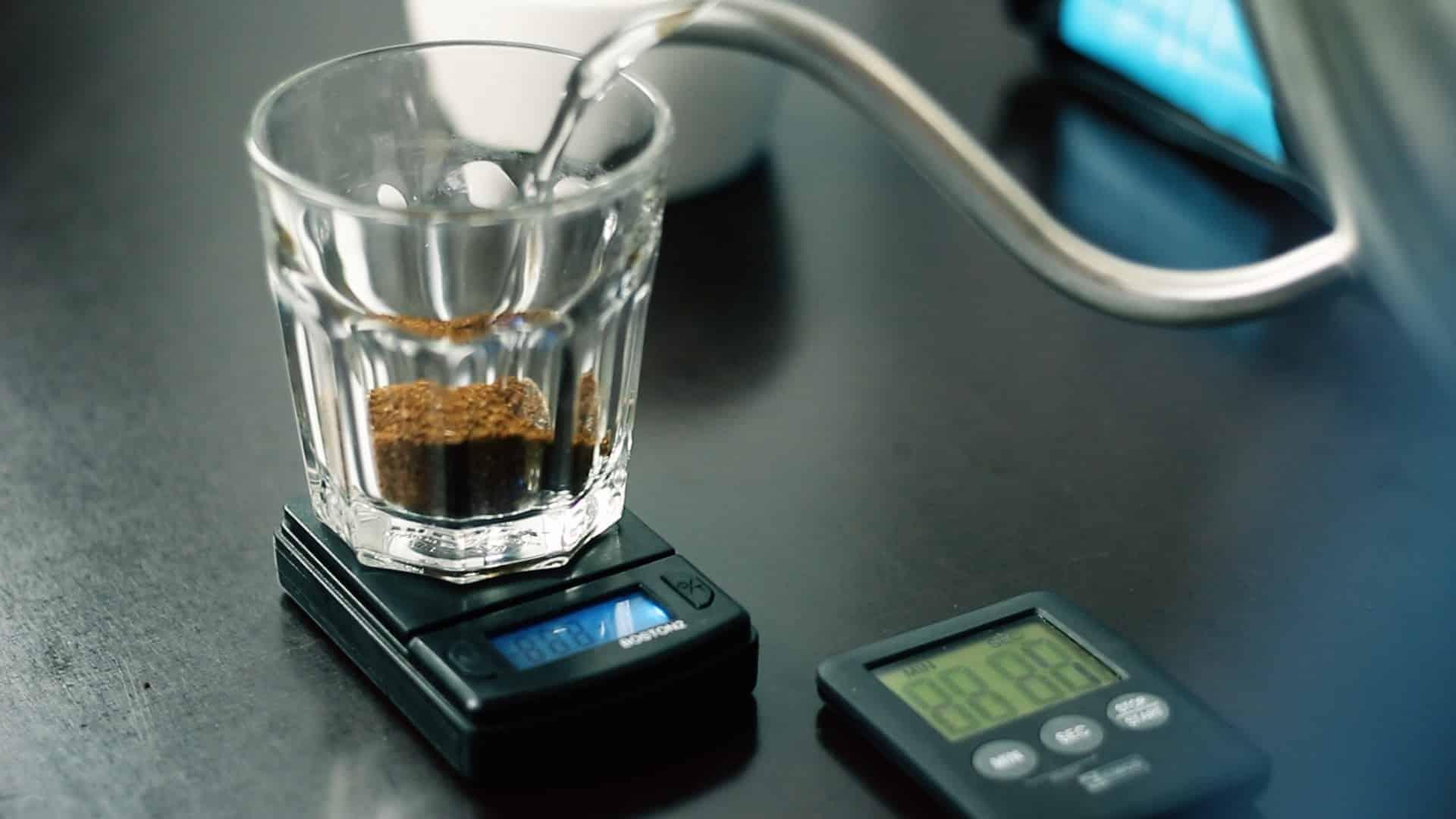 5 kroków, jak zrobić dobrą kawę w domu