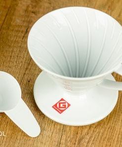 Dripper do kawy Hario V60-02 plastikowy biały