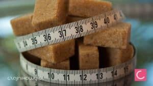 Czym słodzić herbatę zamiast cukru? Czym można posłodzić herbatę?