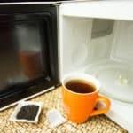 Herbata z mikrofalówki jest zdrowsza i lepsza? Sprawdź nasz test!