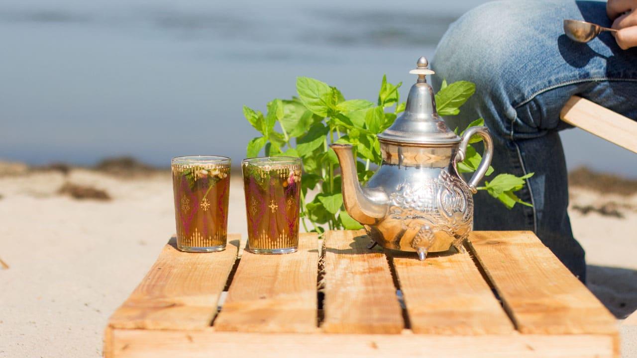 Herbata z Tunezji - przepis na miętową herbatę