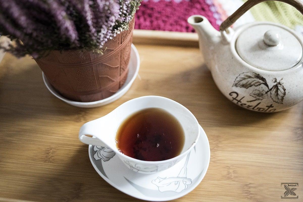Parzenie w czajniczku Irish Breakfast Tea