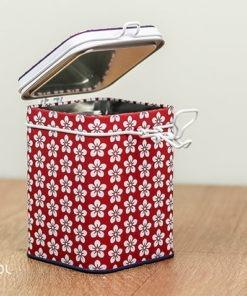Puszka na herbatę kwiatowa czerwona 150g