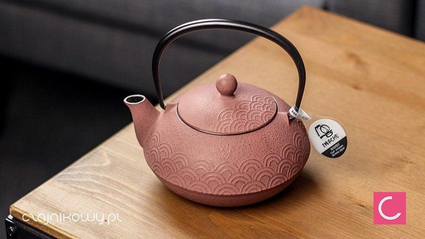 Żeliwny czajnik do herbaty Iwachu Seikaiha 650ml