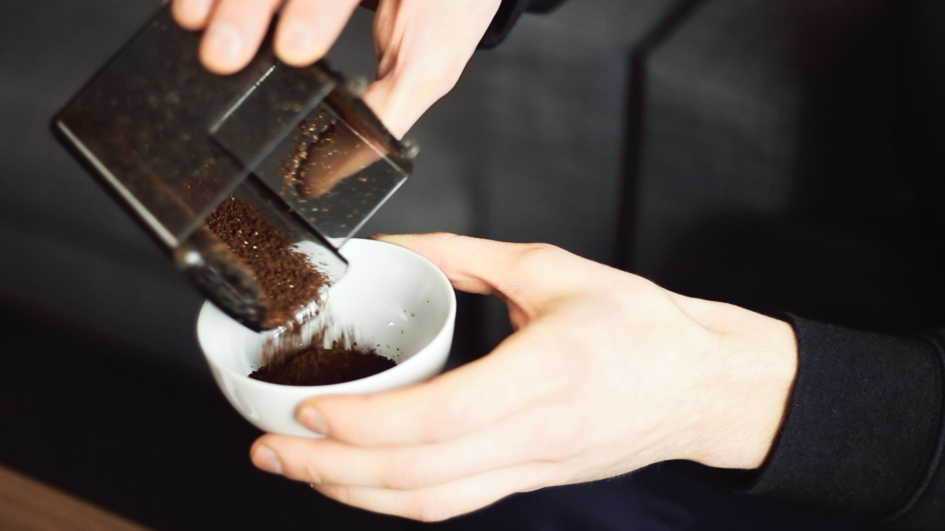 Jak przechowywać mieloną kawę? W zamrażarce?