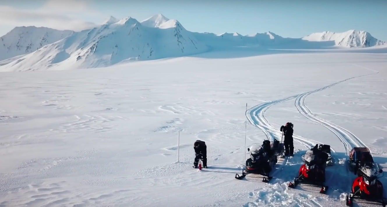 Wydobycie wody z lodowca (Arktyka) do naszego testu
