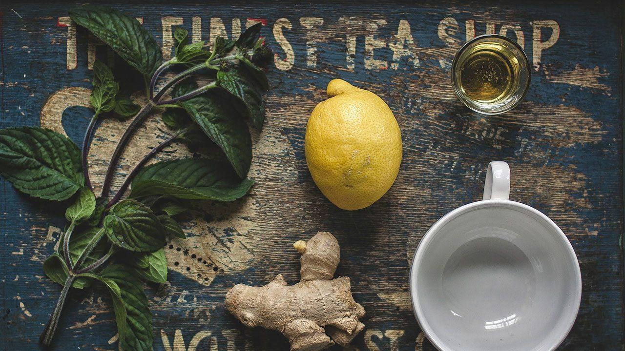 Lebu Cha - przepis na herbatę z cytryną i solą po indyjsku