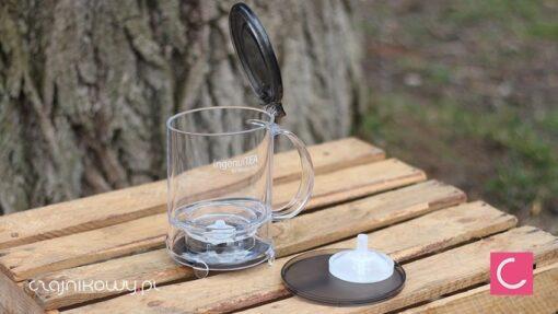 Najlepszy dzbanek do herbaty IngenuiTEA 2: podstawka i wymienne sitko