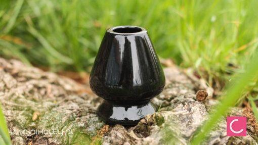 Porcelanowy stojak na miotełkę Chasen do Matcha czarny