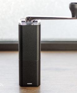 Młynek do kawy ręczny Hario Prism Aluminum Alloy Black
