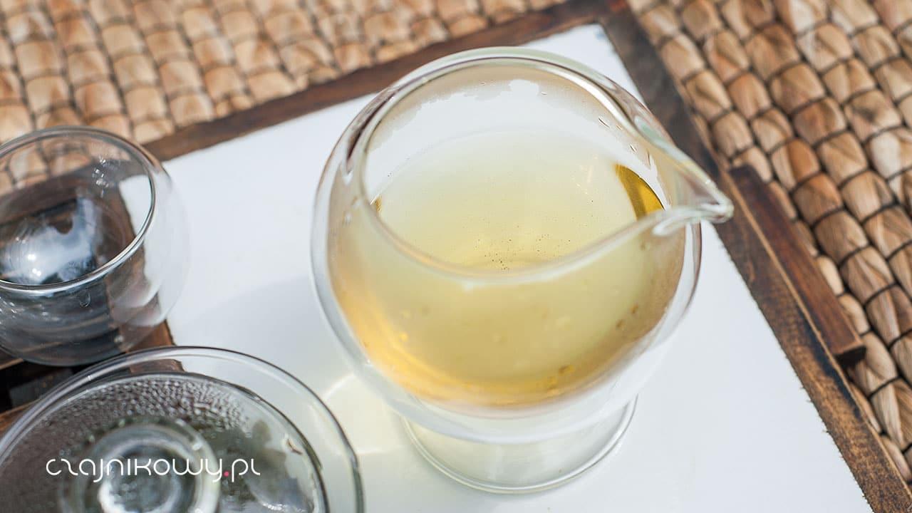 Działanie kofeiny. Co dzieje się po minucie od wypicia herbaty?