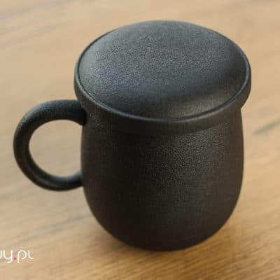 Kubek do parzenia herbaty czarny