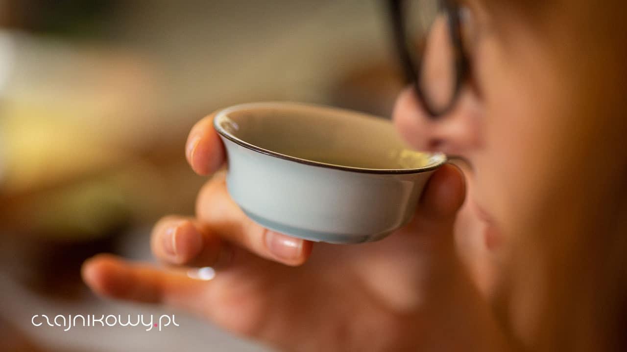 Wpływ długości parzenia na herbatę