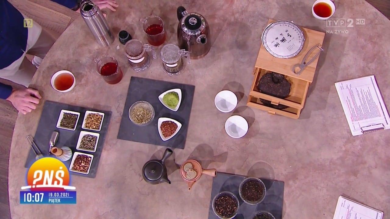 Jaka herbata na jaką porę dnia? fot. kadry z Pytania na Śniadanie (TVP2)