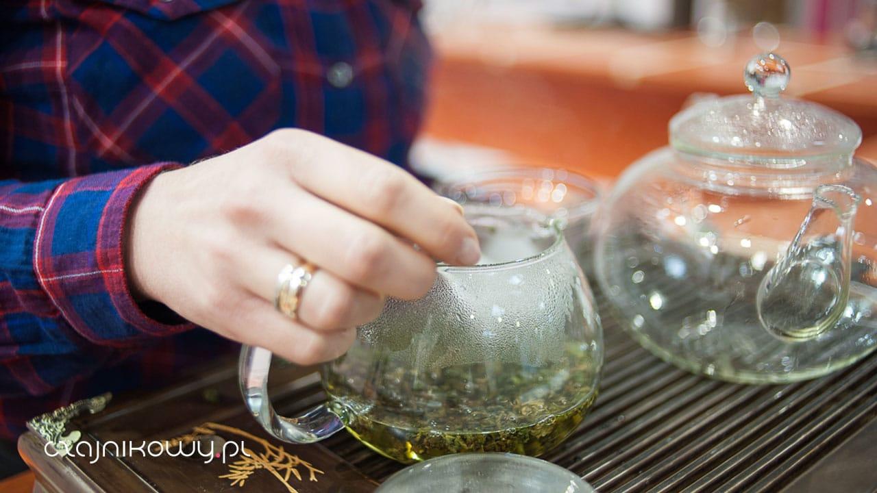 Jak zrobić mrożoną herbatę w pół minuty
